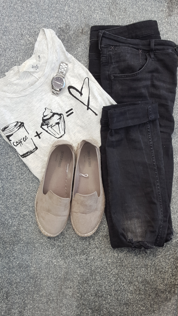My outfit – coffee + cupcake = ♥